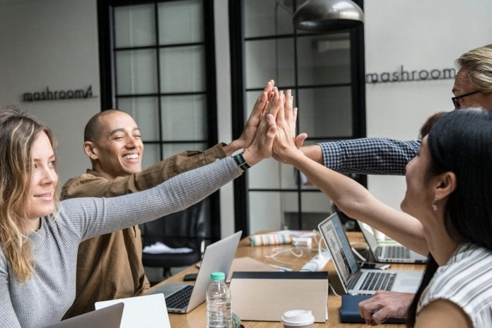 10 Ideas for HR To Improve Collaboration