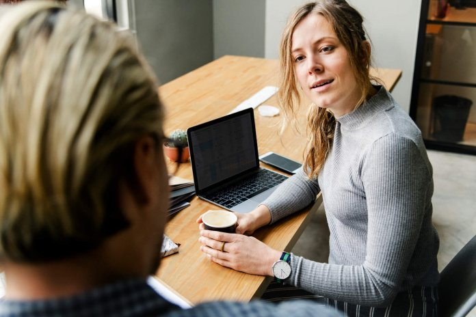 HR Interview Questions and Answers on Confronting Direct Reports